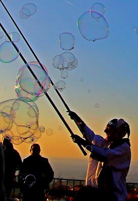 E sul finire creò le bolle... di simonpro