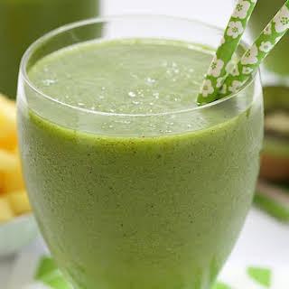Fresh Pineapple and Kiwi Protein Smoothie.