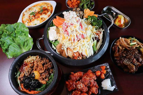 超人氣韓式餐廳X瑪西達韓式料理X小菜吃到飽好過癮,韓國豬腳/部隊鍋/韓式炸雞/銅盤烤肉/起司年糕,好罪惡!