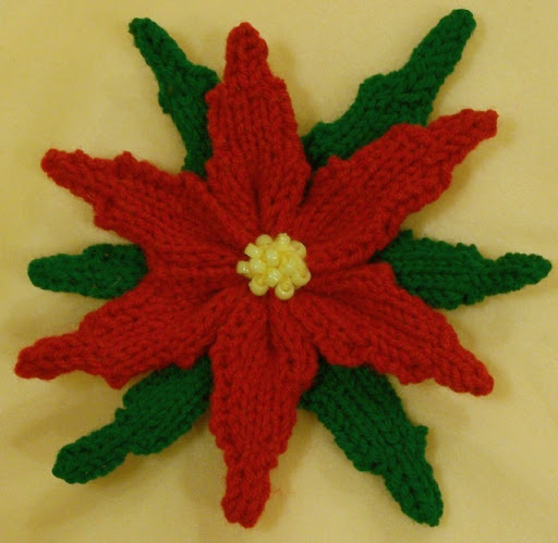 Poinsettia DONATIONWARE crochet pattern [DW001] : PlanetJune Shop