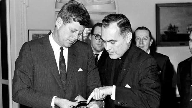 Book Review: The conflicted legacy of Father Ted Hesburgh