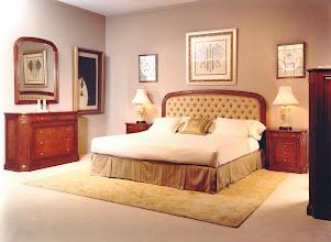 Photo: Schlafzimmer Modell 070, Ulmenholz antik handgewischt