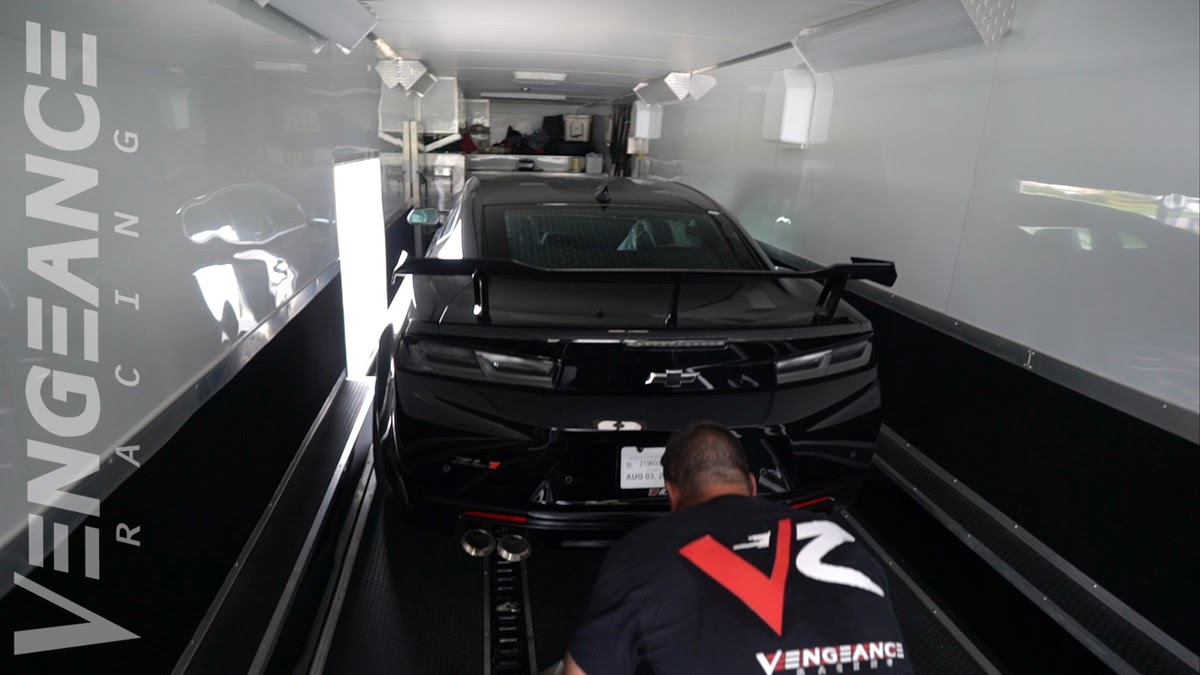 VR] 800+rwhp ZL1-1LE gets modified at Vengeance Racing - CAMARO6
