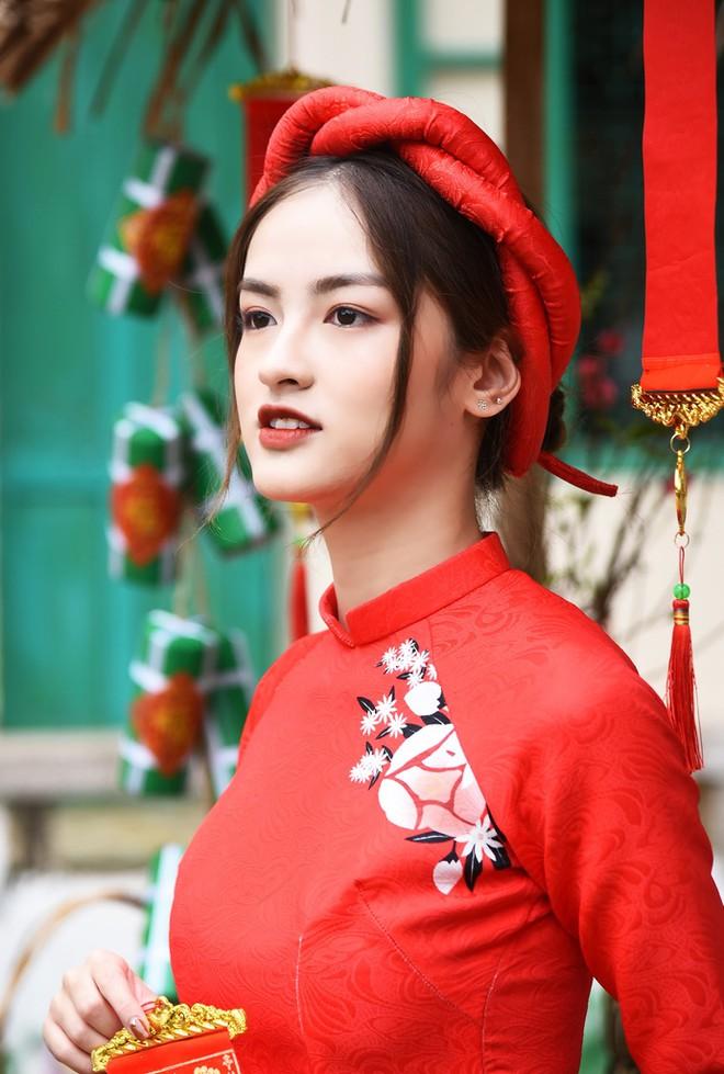 Thí sinh 'Hoa hậu Việt Nam': Là hoa khôi Ngoại thương, thi đại học 29 điểm - ảnh 7