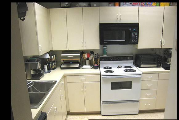 Modern Kitchen Design Screenshot