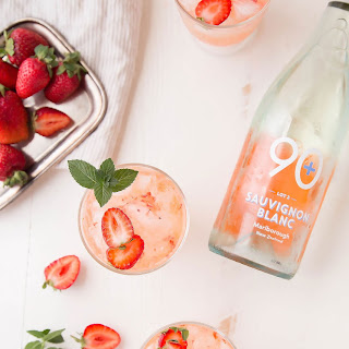 Strawberry Sauvignon Blanc Cocktail.