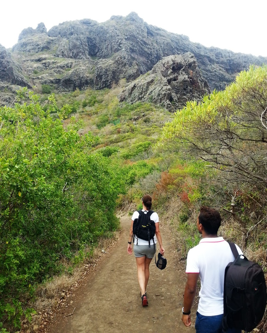 Kimberley Reid and Anoop Jahul hike up Le Morne