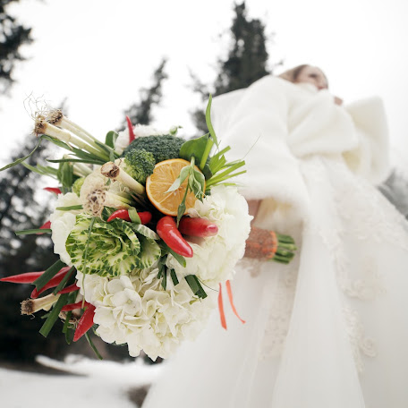 Wedding photographer Maksim Selin (selinsmo). Photo of 10.12.2017