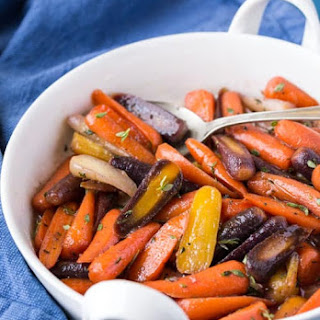 Paleo Glazed Carrots.