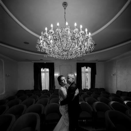 Wedding photographer Nemanja Matijasevic (nemanjamatijase). Photo of 06.01.2018