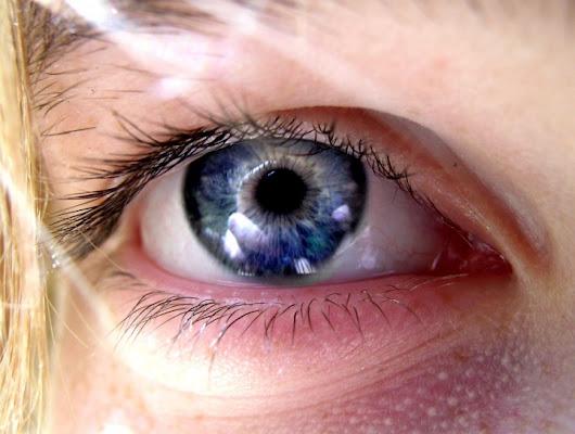 Behind Blue Eyes di Lilith_Phorography