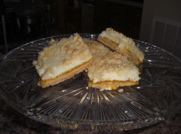 French Apricot Cream Cheese Bars Recipe
