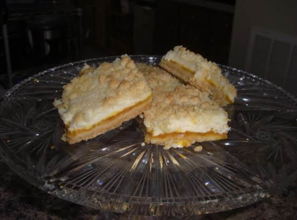 French Apricot Cream Cheese Bars Recipe