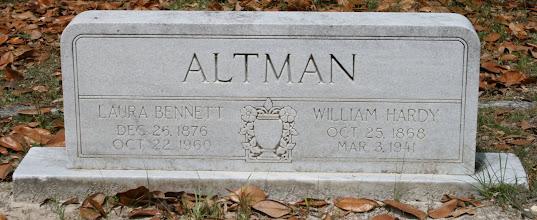 Photo: William Hardy Altman son of Jesse Altman and Nancy Johns / Husband of Laura Bennett