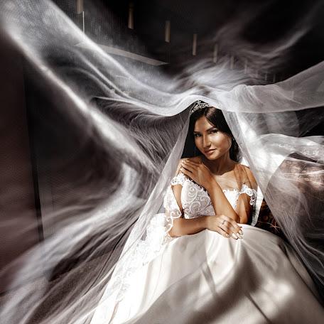 Wedding photographer Svetlana Lukoyanova (lanalu). Photo of 15.09.2017