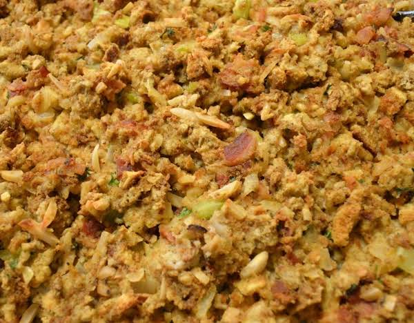 Almond-bacon Bread Stuffing Recipe