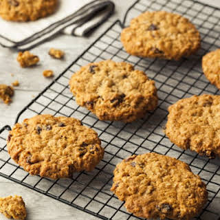 Easy Spice Cake Mix Oatmeal Raisin Cookies.