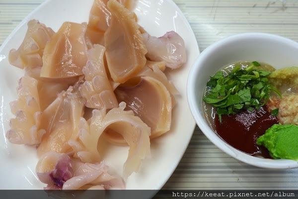終於找到念念不忘的燙魷魚與五味醬 進福鱔魚專家 @東門圓環 @中西區 @台南市