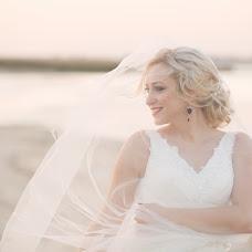 Wedding photographer Anastasiya Petropavlovskaya (panni). Photo of 25.09.2015