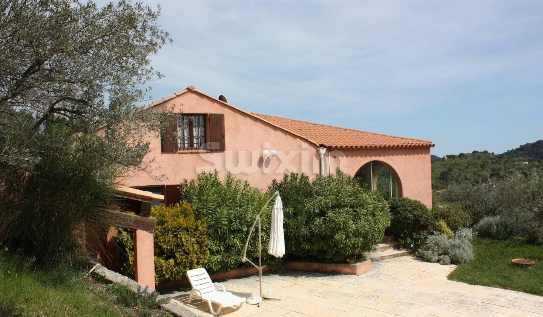 Maison avec terrasse Chateaudouble