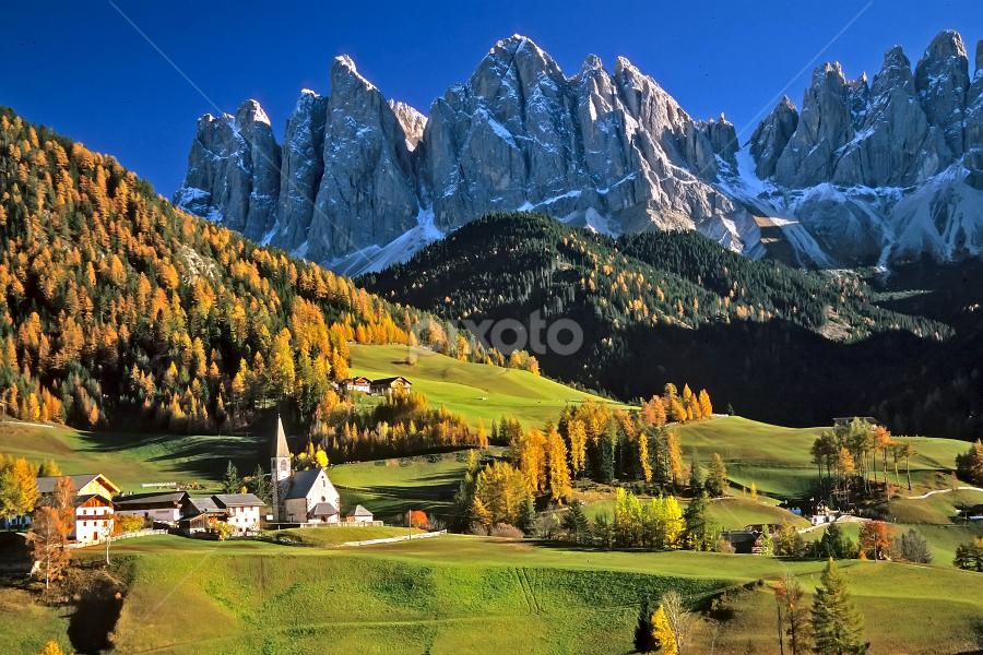 Santa Magdalena by Gérard CHATENET - Landscapes Mountains & Hills (  )