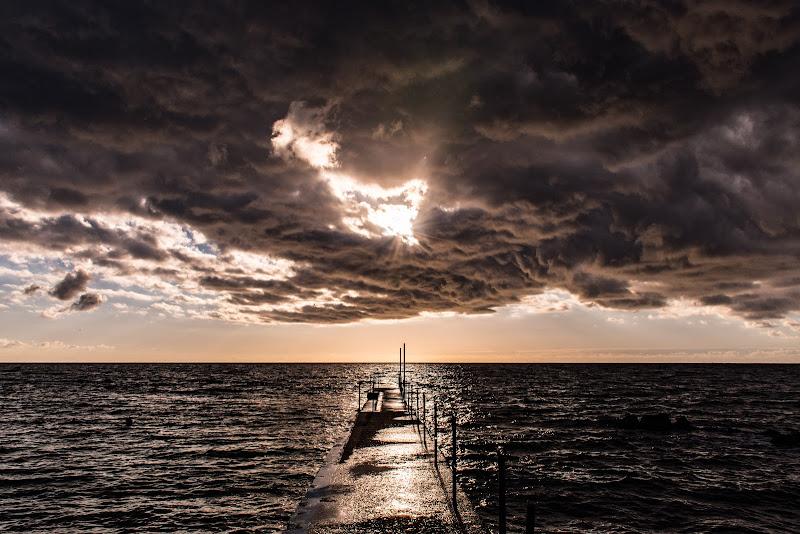 Piove sempre sul bagnato! di Fabrizio Aloisi