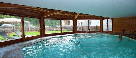 Photo: La piscine de la résidence