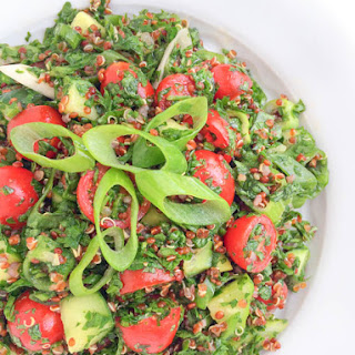 Quinoa Tabbouleh Salad {5 Tips for Effortless Entertaining}