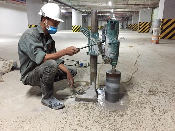 Dịch vụ khoan rút lõi bê tông chuyên nghiệp với máy móc hiện đại