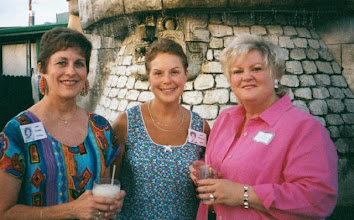 Photo: Carol (Craven) Barnes, Susan (Granrath) Quist, Pam (English) Williams