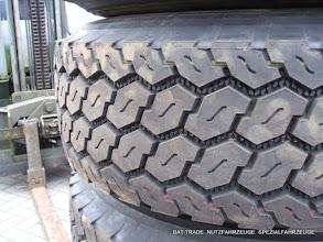 Photo: Einzelbereifung 385/65R22.5 mit Bridgestone M748