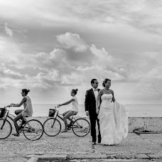 Wedding photographer Juan Millan (whitedaystudios). Photo of 15.09.2014