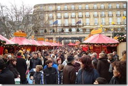 Koln Christmas Market 08 - Crowds