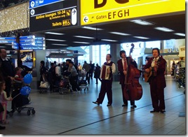 Schiphol Xmas Out 07