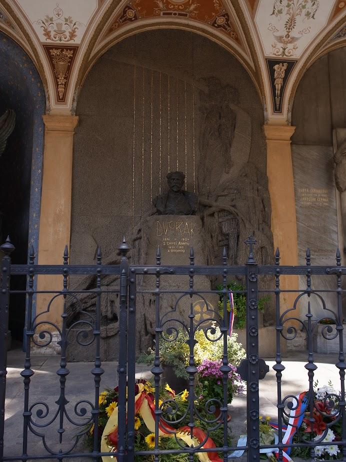 德佛札克之墓