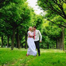 Wedding photographer Yuliya Kurbatova (yuliyakrb). Photo of 12.07.2014
