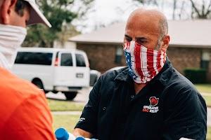 Los expertos de parrillas BBQ ofrecen comida a víctimas del desastre