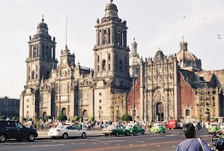 Photo: 1B080015 Meksyk - Ciudad de Mexico - Katedra na głównym placu Zocalo