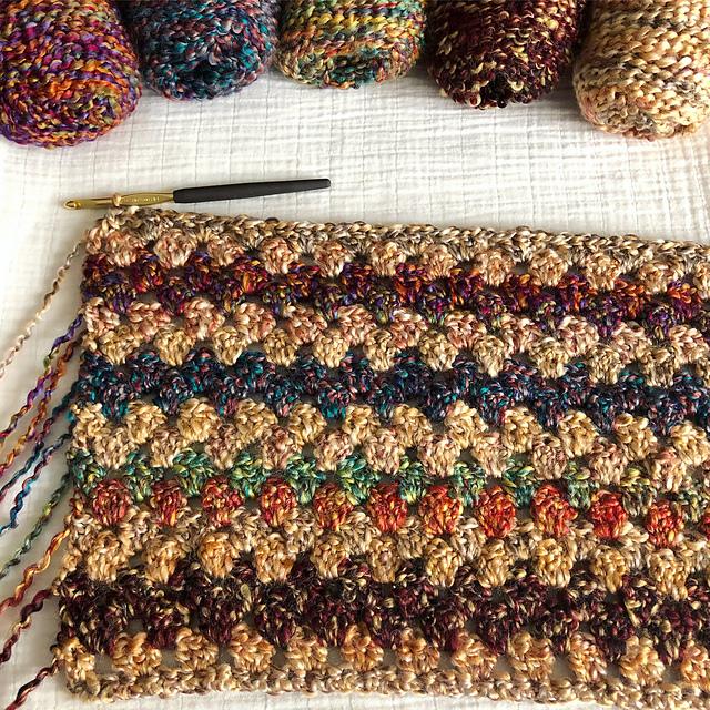 comforting granny stripe simple crochet blanket pattern
