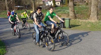 Photo: V čele Jarda Martínek (Národní cyklokoordinátor) a Tomáš Řeháček (REC, Mobile 2020)  Autor: Sylva Švihelová