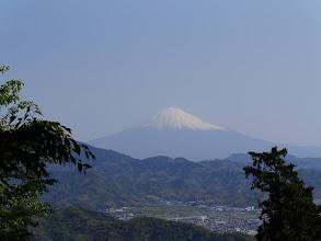 徳願寺ハイキングコースから富士山