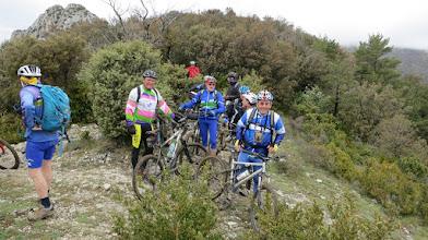 Photo: Guy Harlé, Claude Mabillot , Alain Benoist... au Col de Malpertuis [FR-26-0852b] (S3, GR)