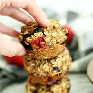 Strawberry & Blueberry Baked Oatmeal Cups