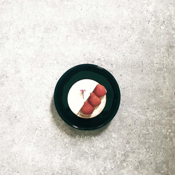 紅帽烘焙Home Biscuit:溫馨巷弄小店・多種口味小塔