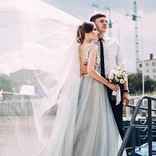 Wedding photographer Marina Guselnikova (Marizi). Photo of 01.08.2017