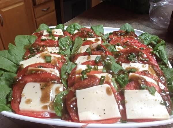Tomato & Basil Balsamic Vinaigrette Recipe