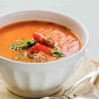 Creamy Tomato and White Bean Soup