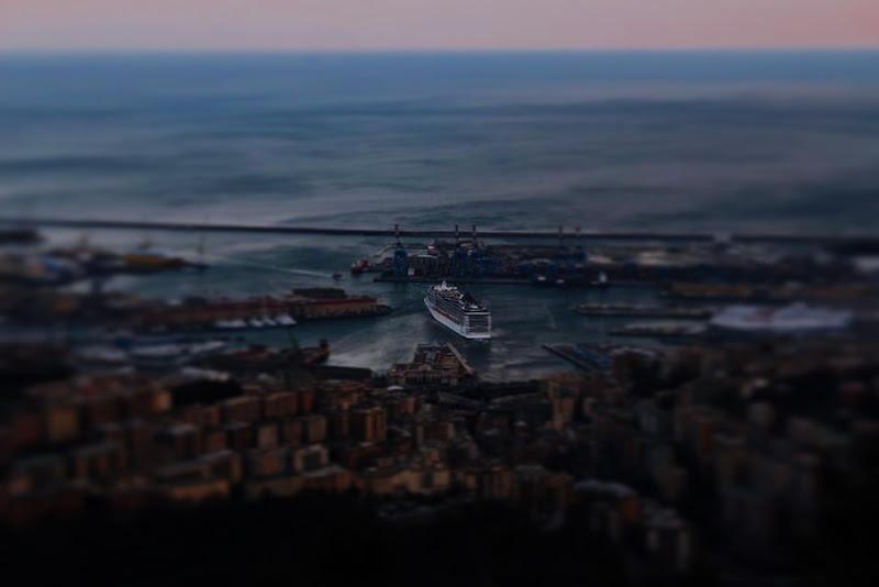 La nave e il suo mare di GiulianaBettini