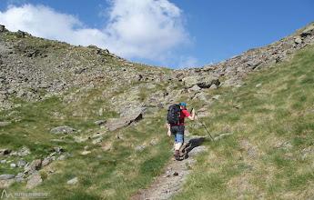 Photo: Camino claramente definido, también iremos encontrando hitos y marcas amarillas.