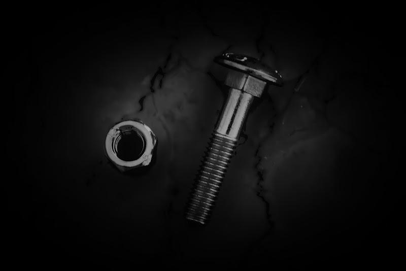 Un legame....d'acciaio di ombra